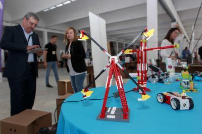 RobotuXc Academy participa en la Muestra de Empresas