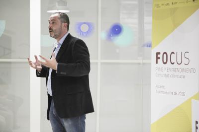 Taller: Emprender innovando, Innovar emprendiendo -01