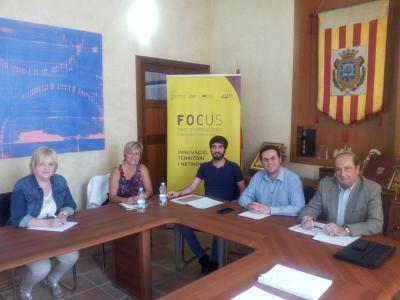 Asistentes a la reunión en el Ayuntamiento de Albaida