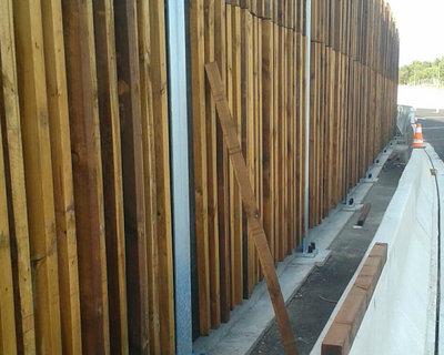 Pantallas acústicas de madera   Panneau en bois