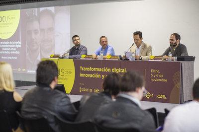 Mesa revolución de la interfaz en la transformación digital. Focus Pyme CV 2019