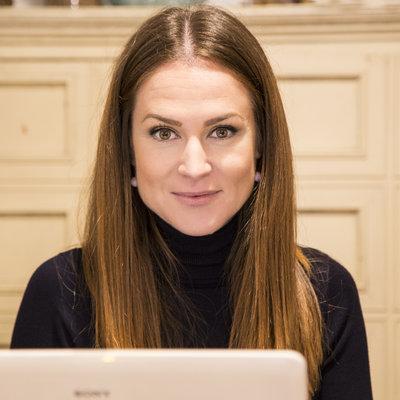 Elena Alcarria